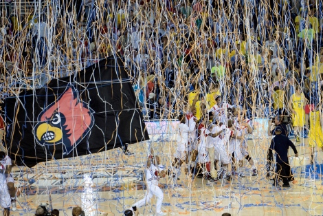 Louisville defeats Michigan, 82-76 in the NCAA men's basketball title game.  (Richard Mackson / USA Today Sports)