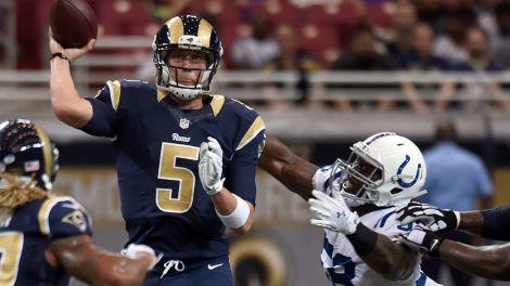 PI-NFL-Rams-Nick-Foles-082915.vresize.1200.675.high.63